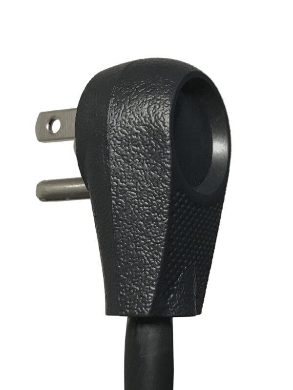 ECG-7MVR-plug3qtr-back